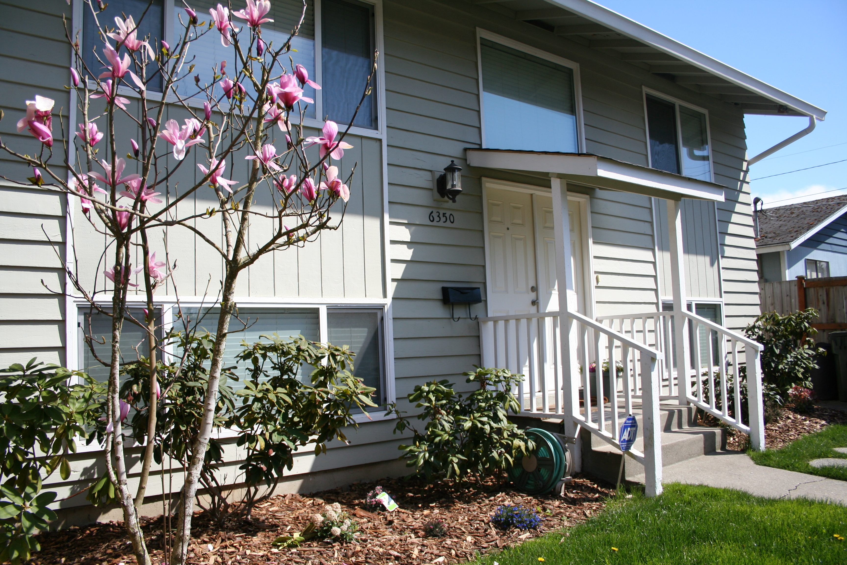 Tiffany Fuentes Seattle Real Estate Resource - Fuentes-exterior